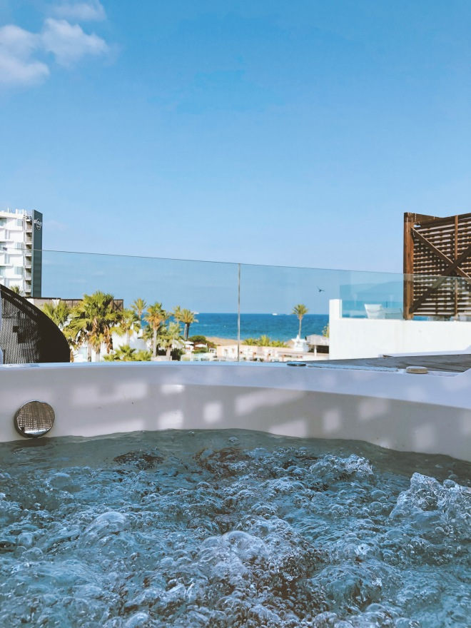 Hard Rock Hotel Ibiza | Jacuzzi View